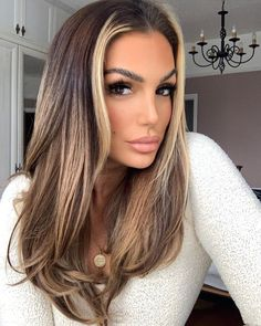 Eye Makeup, Hair Makeup, Soft Makeup, Hairstyles Haircuts, Bridal Hairstyles, Stunning Makeup, Clip In Extensions, Aesthetic Hair, About Hair