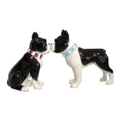 Kissing Boston Terrier Salt and Pepper Shaker-WANT THESE SOOO BAD!!!