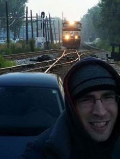 Extremely Hilarious Selfie Fails In the History Of Internet