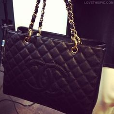 Chanel Bag fashion black chanel designer classic. I will one day go to Paris and walk into the Chanel Store and buy Chanel bag! Yes I will!