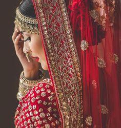 Mehendi Photography, Indian Wedding Couple Photography, Wedding Photography Checklist, Wedding Photography Poses, Photography Ideas, Portrait Photography, Wedding Photos, Bride Pictures, Girl Pictures
