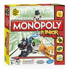 Het speciale Monopolyspel voor kinderen: Monopoly Junior! Monopoly Junior is voor kids! Je leert op de leukste manier geld verdienen en winnen. Met 4 Junior pionnen van de klassieke Monopoly pionnen. Je favoriete klassieke pionnen…. Voordat ze groot werden! Met dit snelle, spannende en gemakkelijk te leren spel voor spelers vanaf 5 jaar laat je je kids kennismaken met een leven lang MONOPOLY speelplezier. Vanaf 5 jaar. Voor 2 - 4 spelers Afmeting: verpakking 27 x 27 cm - Monopoly Junior!