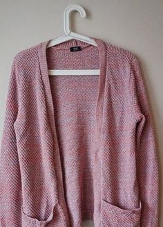 Różowy sweterek kardigan