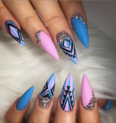 blue and purple Acrylic Stiletto nails design for summer nails Classy stiletto nails long Unique stiletto nails design Acrylic nails design Summer nails design Natural nails long Stiletto Nail Art, Cute Acrylic Nails, Acrylic Nail Designs, Nail Art Designs, Nails Design, Gorgeous Nails, Pretty Nails, Fabulous Nails, Glam Nails