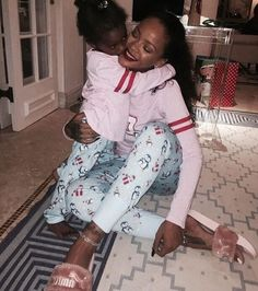December 24: Rihanna & Majesty celebrating Christmas Eve in Barbados.