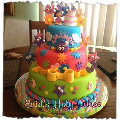Caroline says she is having a Dora party. Dora Birthday Cake, Dora Cake, Birthday Fun, Cute Cakes, Pretty Cakes, Beautiful Cakes, 1st Birthday Photoshoot, Occasion Cakes, Pie Cake
