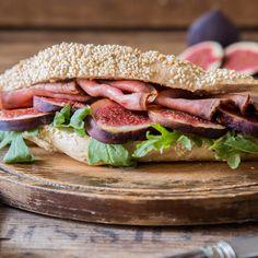 Lieblingssandwich - Sesambaguette mit Feigen und Roastbeef