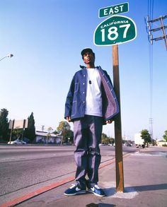 Snoop Doggy Dog reppin' California 187