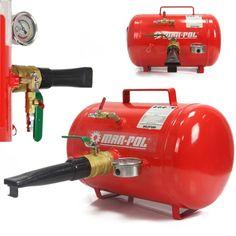 Inflátor 21 litrový - tlaková nádoba, vzdušník používaný na pumpovanie bezdušových pneumatík v procese montáže pneumatiky na ráfik v pneuservisoch. Inflátor je obzvlášť užitočný pri montáži tvrdých, nízkoprofilovýc Leaf Blower, Outdoor Power Equipment, Garden Tools