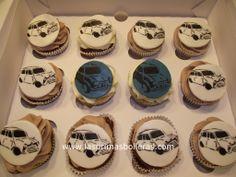 MINI Cooper cupcakes! Cake Designs, Cake Ideas, Wedding Cakes, Cupcakes, Mini, Car, Desserts, Food, Wedding Gown Cakes