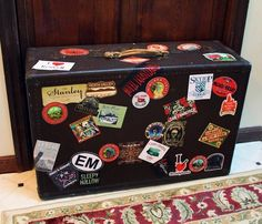 curbside find turned into Haunted Hotel prop for Halloween~HF member The Bellboy, Hotel Inn, Halloween Decorations, Halloween Ideas, Haunted Hotel, Happy Halloween, Party Themes, Creepy, Album
