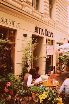 Café Anna Blume // Prenzlauer Berg Möhrenkuchen :-)