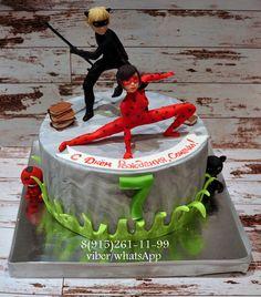 Risultati immagini per торт с Ледибаг