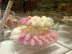 Sugar mice in Fortnum and Mason, London Christmas Mix, Christmas Cupcakes, Christmas Holidays, Christmas 2019, Christmas Ideas, Mouse Recipes, Sugar Mice, Old Fashioned Sweets, Desserts With Biscuits