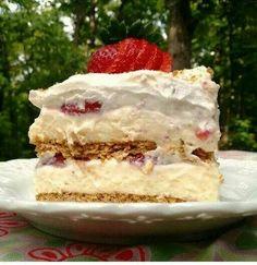 Strawberry creamcheese ice box cake