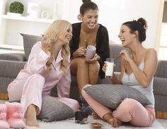 Hey, here's a photo of what having a roommate basically never, ever looks like. (Shutterstock)  6 Things that roommates do that makes you wanna kill them.