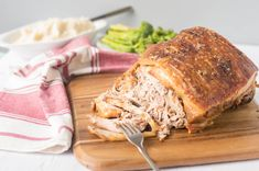This is a simple slow roasted pork picnic with crispy skin. Slow roasting and simple seasonings bring out the best in this fresh pork picnic shoulder. Recipe For Pork Butt Roast, Perfect Roast Pork, Roast Recipes, Cooking Recipes, Ham Recipes, Roast Pork Picnic, Pork Roast, Pork Shoulder Picnic