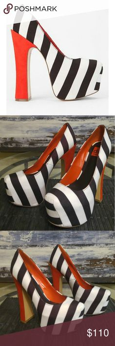 Dolce Vita Striped Platform Heels Size 8.5 NO Trades Dolce Vita Striped Platform Heels  Size 8.5 Preowned. One of a kind. Please review pictures and ask all the questions you like. Thanks Dolce Vita Shoes Platforms