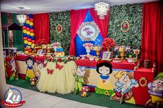 Decoração Branca de neve (Cute) para Ana Lívia - Lu Festas & Decorações Baby First Birthday, 2nd Birthday Parties, Happy Birthday, Birthday Cake, Snow White Birthday, First Birthdays, Party, Snow White Disney, Snow White Parties