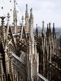 These towers are overwhelming, they are so high up. How did people get to the top without falling over?