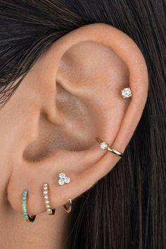 Ohrknorpel Piercing, Bijoux Piercing Septum, Unique Ear Piercings, Ear Piercings Chart, Ear Peircings, Types Of Ear Piercings, Cute Piercings, Ear Piercings Cartilage, Triple Lobe Piercing