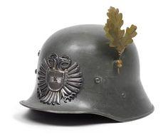Stahlhelm M17 der österreichische Gardebataillon 1935-1938 / 1935-1938 M17 steel helmet of the Austrian Army guards battalion
