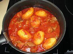 Recette de Sauté de porc, sauce tomate et pommes de terre