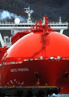thenallyblog:  LNG Arctic Princess - Liquid Natural Gas Tanker