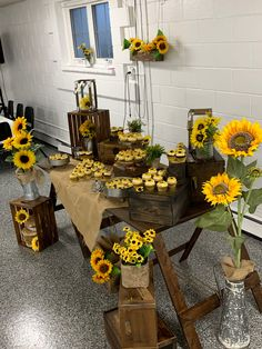 Best 12 With bees & sunflowers – SkillOfKing.Com - Best 12 With bees & sunflowers – SkillOfKing. Sunflower Birthday Parties, Sunflower Party, Sunflower Baby Showers, Sunflower Wedding Decorations, Sunflower Centerpieces, Fall Sunflower Weddings, Sunflower Floral Arrangements, Party Decoration, Sweet 16 Parties