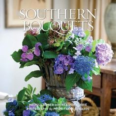 Southern Bouquets now available at the Pink Zinnia in Hernando, MS!! #flowers #bouquets #southern