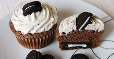 Dessert Cake Recipes, Oreo, Cupcakes, Cookies, Breakfast, Food, Party, Crack Crackers, Morning Coffee