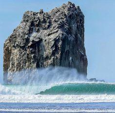 Roca Bruja, Costa Rica, Best point to surf
