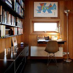 Modern. Minimalist. Vitsoe shelves.