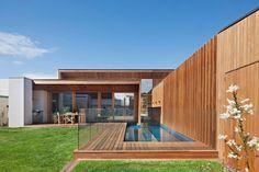 Barwon Heads Villa by Bower Architecture