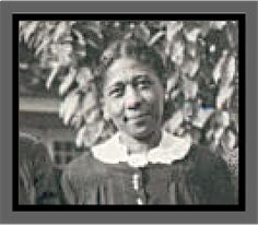 Founder Soror Naomi Sewell Richardson was from Washingtonville, New York. She was involved in extreme activism and civic service. After graduation she was appointed to the East St. Louis public school system by Dean Lewis B. Moore. She also taught in Illinois, Princeton, New Jersey, and New York City. Ms. Richardson was the last surviving founder when she died in 1993.