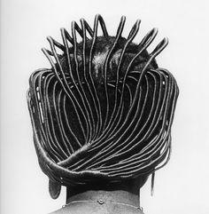 Okai Ojeikere retrató los extravagantes peinados de la cultura nigeriana - Antidepresivo