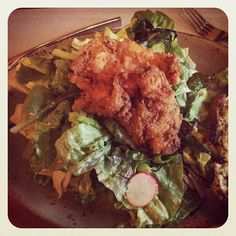 @?? ??: Fried Chicken Salad @Connie Roney Greens was awesome.