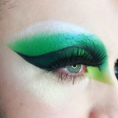 Reptile vibes. • Our specialist drag make up artist @toneeroberio created this drag look on @cherylholequeen at Beak St. using Pure Pigment in Cascade, Precision Gel Liner in Infinity, Powder Eye Shadows in Pivot, Fledgling and Obsidian. Finished off with 2 pairs of Visage Lashes • . . #illamasqua #illamafia #illafam#cueltyfreemakeup #crueltyfreebeauty#crueltyfree #mua #muotd #makeup#makeupartist #drag #dragqueen#dragmakeup #greeneyes#greeneyeshadow #visagexillamasqua#visage