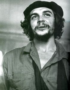 And any discussion of Cuba brings to mind Che Guevara. No matter what you think of his politics, the man had style. Isabelle Hupper, Cuba, Funny Images, Funny Pictures, Funny Pics, Ernesto Che Guevara, Beatnik, Raining Men, Revolutionaries