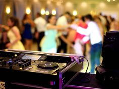 It's okay to have a lot of questions, just make sure they're the right ones! Frank Guertler with Bunn DJ Company Virginia shared all of the popular questions you should and shouldn't ask your prospective wedding DJ! Link in bio! Mn Wedding Venues, Event Venues, Wedding Vendors, Roy Orbison, Calvin Harris, Live Band, Wedding Fair, Wedding Dj, Wedding Tips