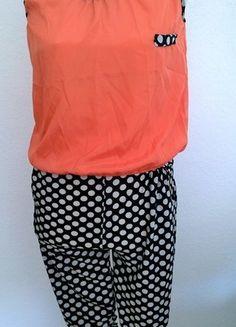 Kaufe meinen Artikel bei #Kleiderkreisel http://www.kleiderkreisel.de/damenmode/jumpsuits/107606382-jumsuit-lacksfarben-und-schwarz-weiss-gepunktet