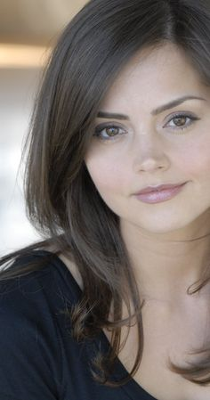 Jenna Coleman is seriously the most gorgeous woman. Love her in Doctor Who.