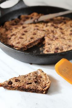 Flourless Peanut butter Chocolate Chunk Blondies | Pidge's Pantry #chocolate #glutenfree