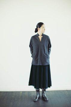 ババグーリ ウールフェルトのチェーン刺繍スカート