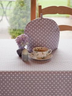 Ochre & Ocre Organic Cotton Tea Cosy Madelaine Lavender: Madelaine Lavender