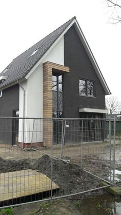 Zwart wit huis / black white house