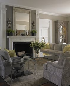 Looking for new ideas for my family room. I like this one.