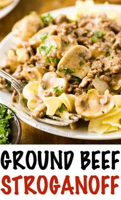 Ground Beef Stroganoff (Hamburger) – Spend With Pennies This easy Ground Beef Stroganoff features lean hamburger and tender mushrooms cooked in a rich silky sauce. It's quick and delicious, making it the perfect weeknight meal! Hamburger Dishes, Beef Dishes, Pasta Dishes, Food Dishes, Main Dishes, Hamburger Recipes For Dinner, Egg Noodle Dishes, Sloppy Joe, Easy Ground Beef Stroganoff