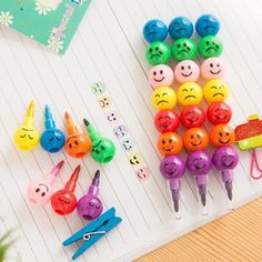 1pcs/lot Novelty Funny  face colorful crayon & Pencil lovely Rainbow watercolor color nice student gifts