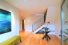Wie soll man ein Zimmer mit weißen Wänden dekorieren - http://wohnideenn.de/dekoration/08/zimmer-mit-weisen-wanden-dekorieren.html